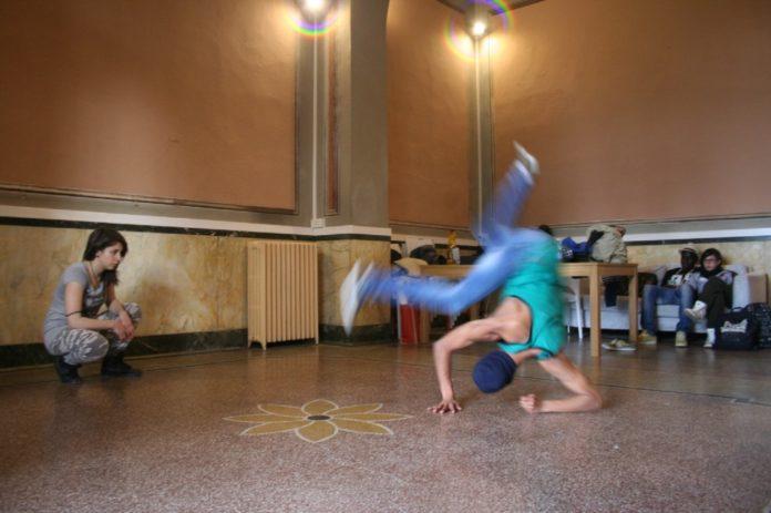 break dance stazione mondovi