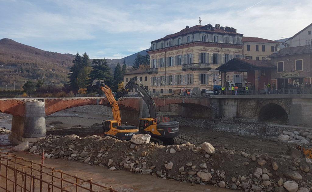 """Garessio: iniziata la demolizione del ponte """"Odasso"""""""